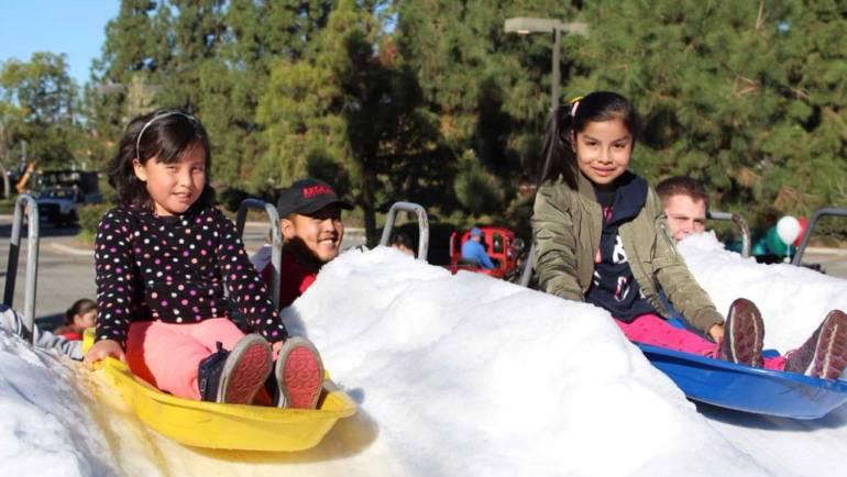 Arcadia Community Center Breakfast w/ Santa and Snow Fest